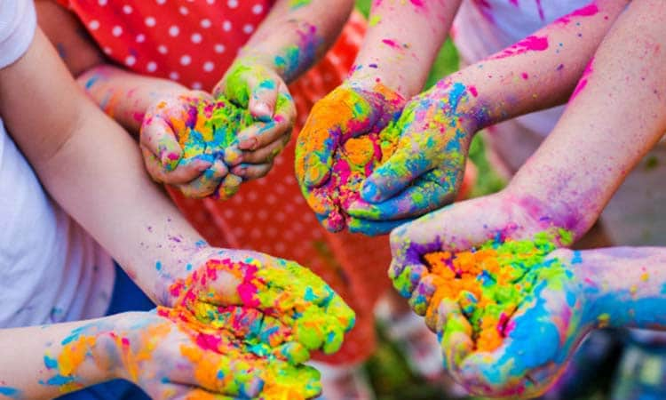 Tips To Keep Kids Safe in Holi
