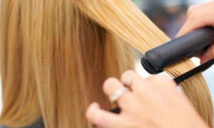 3 Oils That Acts as Great Heat Protectants for Hair