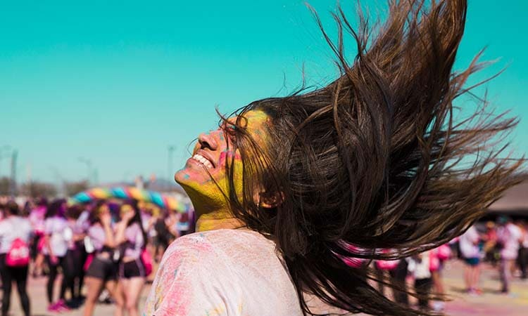 benefits of natural holi colours