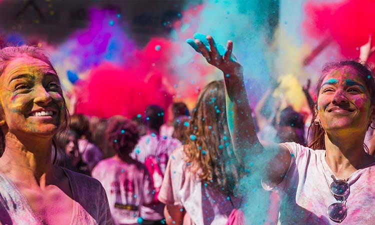 Protecting Your Skin & Hair from Holi Colors
