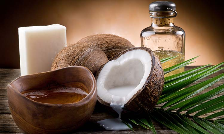Pros and Cons of Coconut Oil