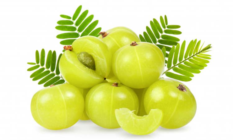 how to use raw amla for hair