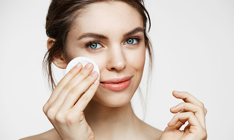 Use Rose Water on Face