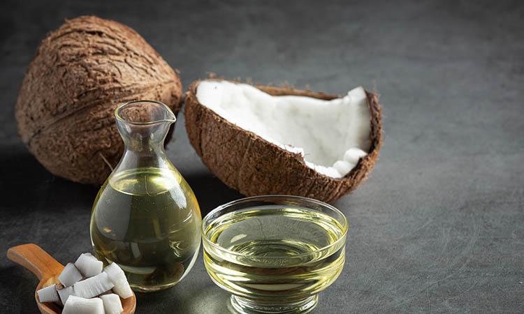 Coconut oil for skin & hair