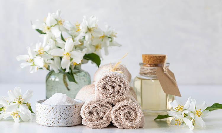 jasmine coconut hair oil nourishes hair